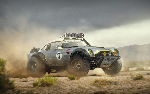 Aston Martin DB5 Sand Race (click to view)