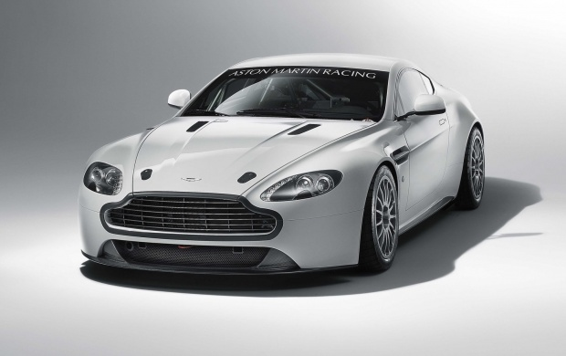 Aston Martin Vantage GT4 - 2011 (click to view)