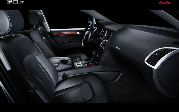 Audi Q7 inside System (click to view)