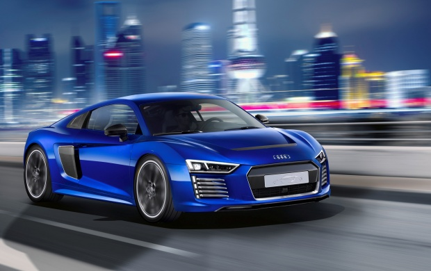Audi R8 E-Tron Piloted Driving Koncept (click to view)