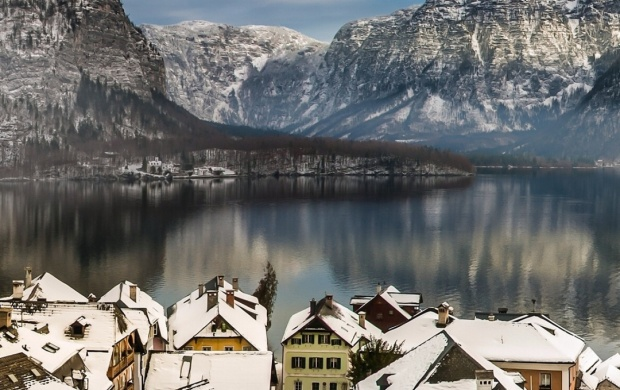 Austria Lake Hallstatt (click to view)