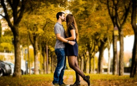 Autumn Love Kiss
