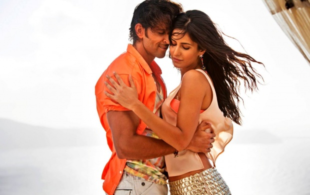 Bang Bang Movie Meherbaan Song Stills (click to view)