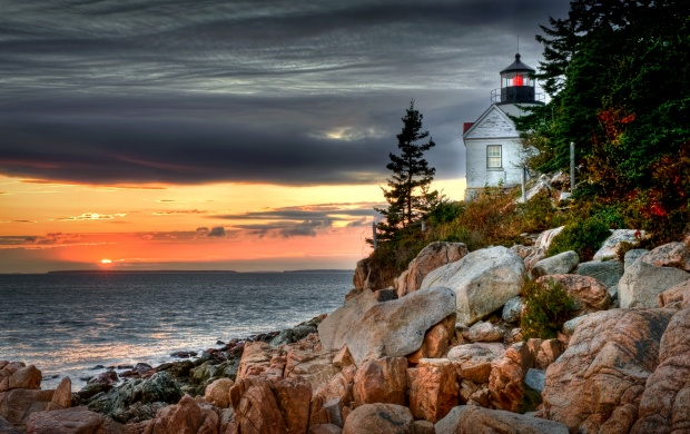 Bass Harbor Head Light (click to view)