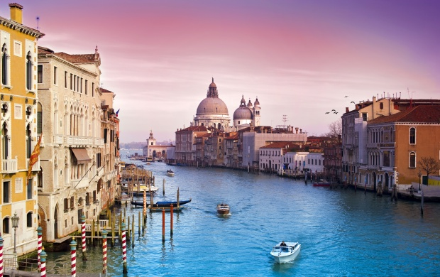 Beautiful City Of Venice Italy (click to view)