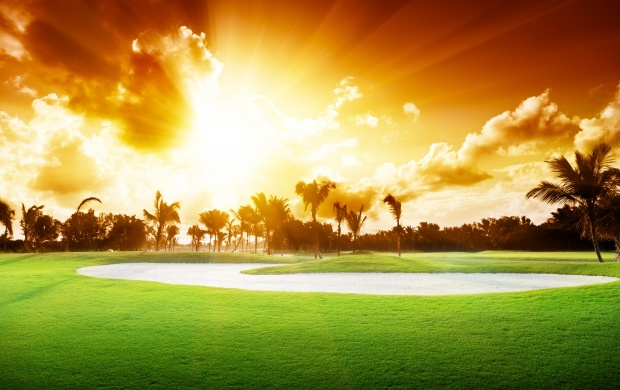 Beautiful Golf Course Sunset (click to view)
