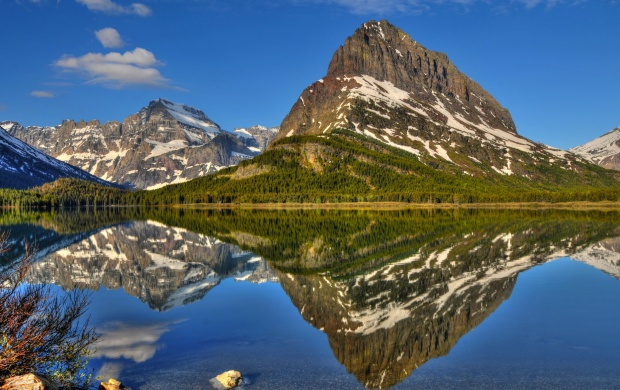 Beautiful Mountain Reflection (click to view)