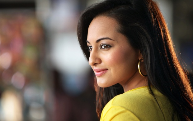 Bollywood Celebrities Hd Wallpapers Free Wallpaper