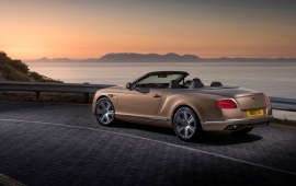Bentley Continental GT Side View