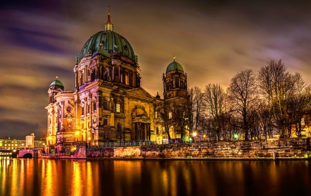 Berliner Dom Berlin Germany (click to view)