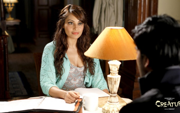 Bipasha Basu In Creature 3D (click to view)