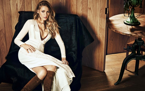 Blake Lively Harpers Bazaar 2015 (click to view)