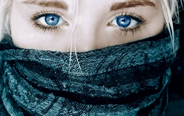 Blonde Girl with Blue Eyes (click to view)