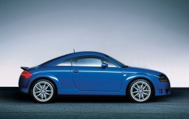 Blue Audi TT Advance Plus