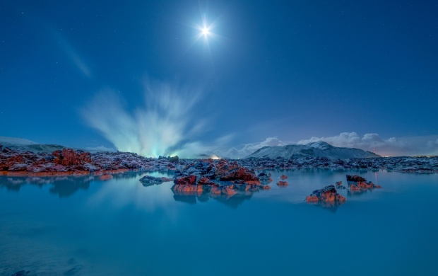 Blue Lagoon Grindavik Iceland (click to view)