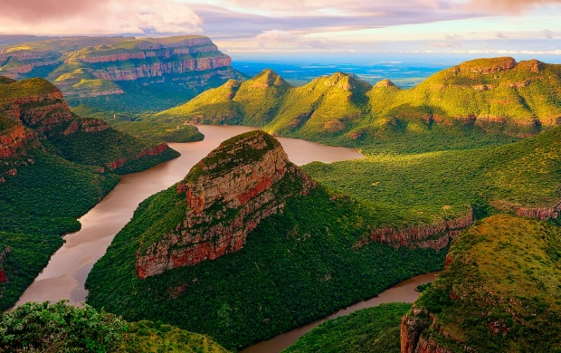 Blyde River Mountains Canyon (click to view)
