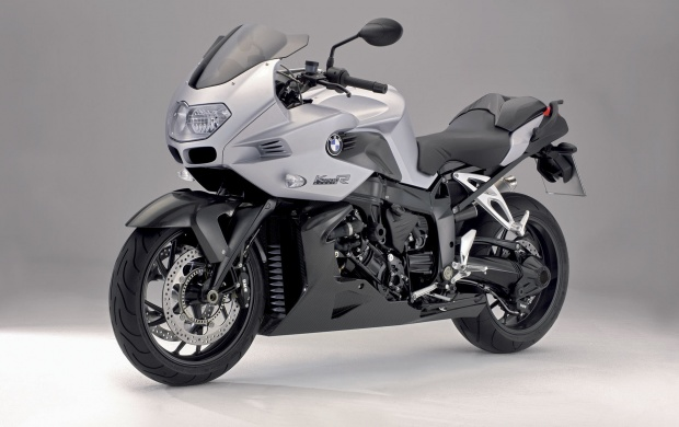BMW K1200R (click to view)