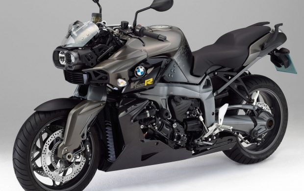 BMW K1300R (click to view)