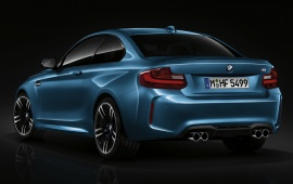 BMW M2 Coupe 2015 Side View