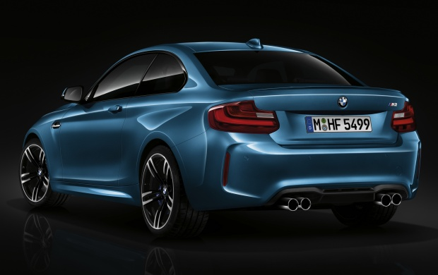 BMW M2 Coupe 2015 Side View (click to view)
