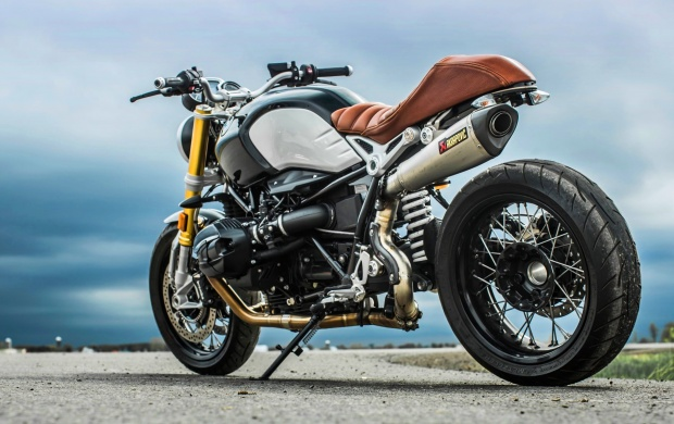 BMW R Nine T (click to view)
