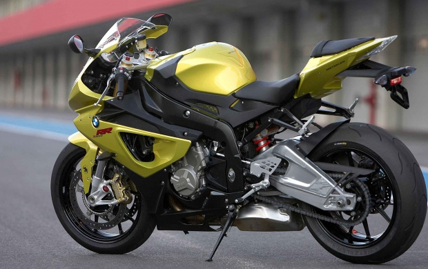 BMW S1000 Rr (click to view)