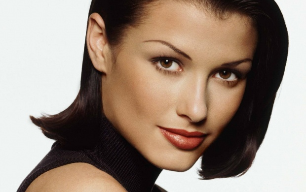 Bridget Moynahan (click to view)