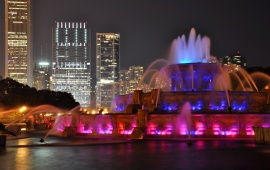 Buckingham Fountain In Blue And Magenta