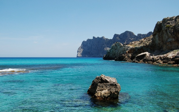 Cala San Vicente Beach, Ibiza (Cala de Sant Vicent) (click to view)