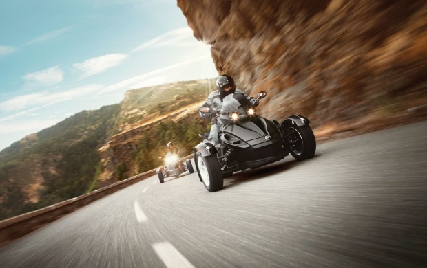 Can-Am Spyder RS 2015 (click to view)