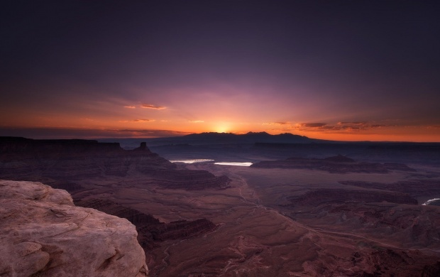 Canyon National Park Rocks Sunrise (click to view)
