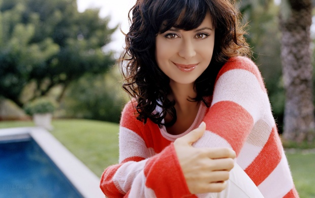 Catherine Bell in white T-shirt (click to view)