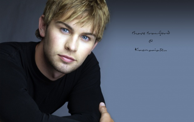 Chace Crawford (click to view)