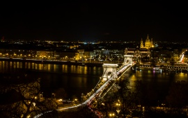 Chain Bridge Budapest Night Light