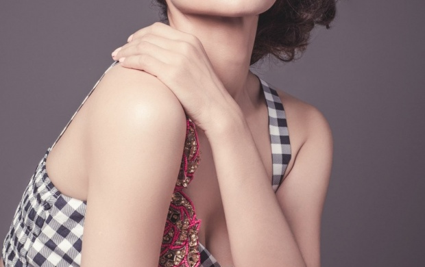 Charming Kangana Ranaut (click to view)