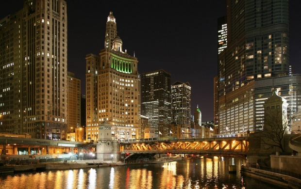 Chicago River Night (click to view)