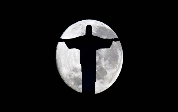 Christ The Redeemer Moon (click to view)