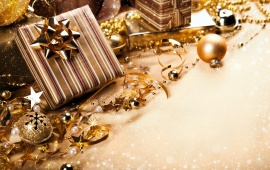 Christmas Gold Color Gifts
