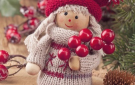 Christmas Twigs Girl Figurine