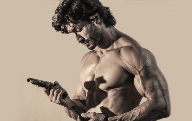 Commando 2 Movie Stills (click to view)