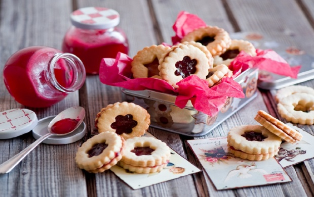 Cookies With Jam (click to view)