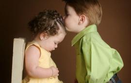 Cute Boy Kiss (click to view)