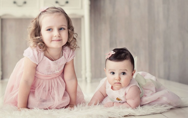 Cute Two Sisters (click to view)