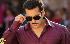 Dashing Salman Khan In Dabangg 2