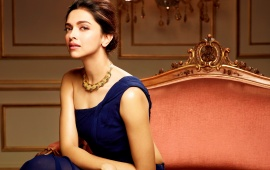Deepika Padukone Gorgeous Look