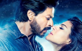 Dilwale Romantic Pose