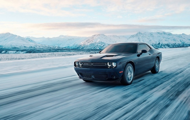 Dodge Challenger GT AWD 2017 (click to view)