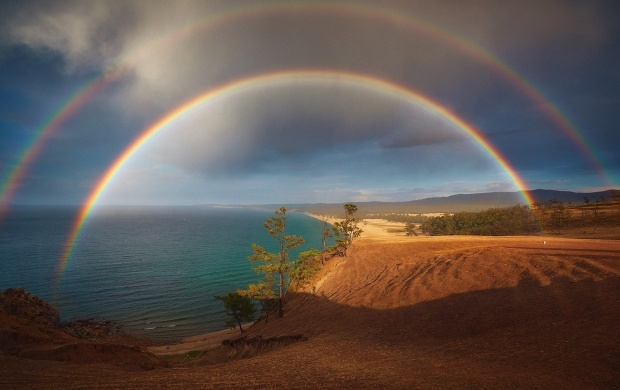 Double Rainbow Over The Beach (click to view)
