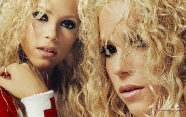 Double Shakira (click to view)