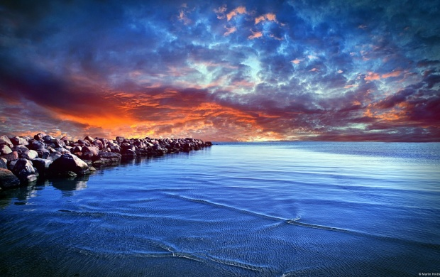 Dramatic Sunset At Sea Shore (click to view)